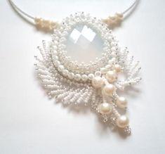 "Кулон ""Зима"" Beaded Necklace Patterns, Beaded Jewelry Designs, Bead Jewellery, Handmade Jewelry, Bead Embroidery Jewelry, Beaded Embroidery, Halloween Beads, Diy Jewelry Inspiration, Seed Bead Necklace"