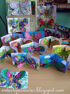 great insect pop-up cards great insect pop-up cards Source by balikfileto The. great insect pop-up cards great insect pop-up cards Source by balikfileto The post great insect pop-up cards appeared f Spring Art Projects, School Art Projects, Spring Crafts, Projects For Kids, Project Ideas, Kindergarten Art, Preschool Art, Art 2nd Grade, Art Papillon