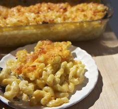 Southern Style Macaroni & Cheese (by Divascancook)                                                  OMG so good and easy!!! {Keeper recipe} #HeatherSaysYes