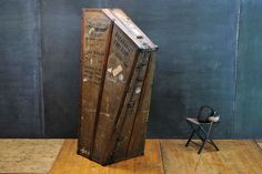 USA, Turn of the Century Monumental High Victorian Lyon & Healy Inc. Harp Steamer Trunk or Travel Case. This Giant Chordophone Crate is C Luggage Trolley, Mid Century Modern Sofa, Steamer Trunk, Plastic Injection Molding, Vintage Couture, Vintage Music, Vintage Industrial, Vintage Shops, Vintage Designs