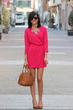 fuchsia dress + camel shoes and bag + statement necklace great look for summer