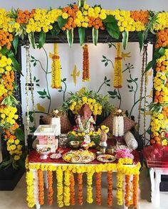 Flower Decoration For Ganpati, Eco Friendly Ganpati Decoration, Ganpati Decoration Design, Flower Decorations, Mandir Decoration, Backdrop Decorations, Diwali Decorations At Home, Festival Decorations, Eco Friendly Ganesha