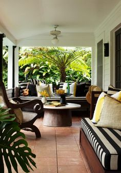 i love the stipes and the airy-ness with yellow accents