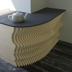 Стильный угловой стол-барная  стойка для кухни.  Столешница может быть из массива, стекла или мдф.  #мебель #стиль #дизайнинтерьера #архитектура #дизайн #follow4follow #like #москва #назаказ