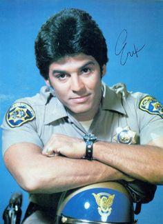 Larry Wilcox, Diane Lane Actress, Chips Series, Bruce Lee Chuck Norris, 1970s Tv Shows, How To Look Handsome, Men In Uniform, The Good Old Days, Childhood Memories