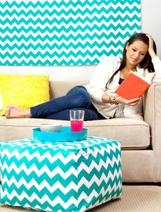 Teal is such a hot color for dorm rooms! Would love to have this pouf!