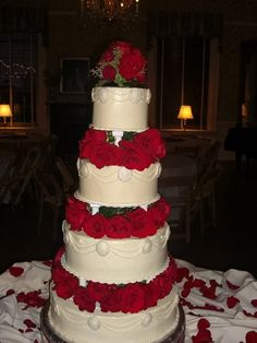 Vintage Ivory Red Silver Round Wedding Cakes Photos & Pictures - WeddingWire.com
