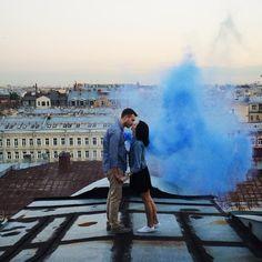 Кадр с одной из фотосессий на крыше. Снимала @nevaplaks а я был гидом по крышам ;) #знайилюбисвойгород by the.qwerty Кадр с одной из фотосессий на крыше. Снимала @nevaplaks а я был гидом по крышам ;) #знайилюбисвойгород Business Fashion, Business Women, Louvre, Building, Travel, Beautiful, Instagram, Viajes, Buildings