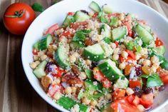 Quinoa Tabouleh met Kikkererwten, Tomaat en Komkommer