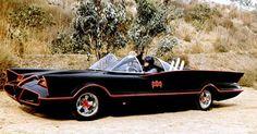 El Batimovil http://www.guioteca.com/autos/batman-la-increible-historia-de-su-primer-batimovil/