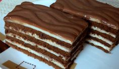 This cake melts in your mouth! Milk cubes cake, fast è - English Desserts, Sweet Desserts, Sweet Recipes, Cookie Recipes, Dessert Recipes, Torte Cake, Hungarian Recipes, Cacao, Sweet And Salty