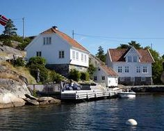 SJØNÆR: Det er hytter på fastland, men nær sjøen som er de mest attraktive. Gode…
