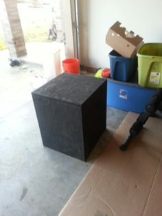 DIY crossfit jump box!