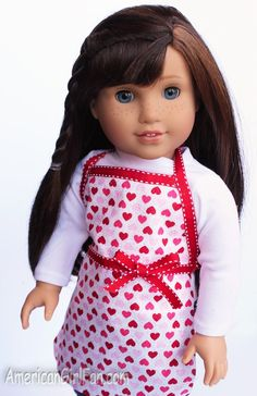 No Sew American Girl Doll Kitchen Apron Pattern American Girl Outfits, American Girl Crafts, American Doll Clothes, American Girls, American Girl Kitchen, Sewing Doll Clothes, Girl Doll Clothes, Girl Dolls, Ag Dolls