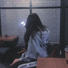 The Best Examples for Korean Street Fashion Ulzzang Korean Girl, Cute Korean Girl, Ulzzang Couple, Asian Girl, Korean Aesthetic, Aesthetic Girl, Tumbrl Girls, Typical Girl, Uzzlang Girl