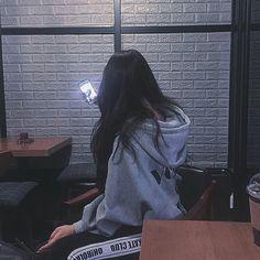 The Best Examples for Korean Street Fashion Ulzzang Korean Girl, Cute Korean Girl, Ulzzang Couple, Asian Girl, Korean Aesthetic, Aesthetic Girl, Korean Photo, Tumbrl Girls, Uzzlang Girl