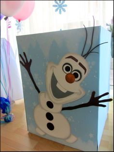 Frozen Party decoration Olaf gift box Office supplies for work Christmas Decorations Christmas Cubicle Decorations, Christmas Themes, Holiday Crafts, Office Decorations, Decor Ideas, Craft Ideas, Frozen Christmas, Winter Christmas, Christmas Christmas