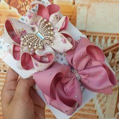 Image may contain: food Making Hair Bows, Diy Hair Bows, Bow Hair Clips, Little Girl Hairstyles, Diy Hairstyles, Bow Hanger, Baby Girl Accessories, Hair Decorations, Boutique Hair Bows