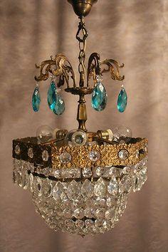 Magnificent Vintage Antique Crystal Chandelier French Vila Paris Lustre Classic
