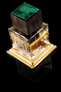 Malachite  Глубокий и насыщенный, этот парфюм предназначен для состоявшихся людей и оттеняет все грани их натуры #baldi #imagineparfum #niche #perfume