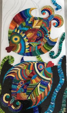 This is an awesome mosaic! Mosaic Garden Art, Mosaic Diy, Mosaic Crafts, Mosaic Projects, Mosaic Artwork, Mirror Mosaic, Mosaic Wall, Mosaic Glass, Mosaic Designs