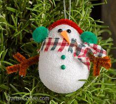 Cute! DIY super-easy Snowman Ornaments on CraftsnCoffee.com. #DIY #handmade #snowman #ornament #easy #cute #kidscraft #Christmas #adultcraft #Styrofoam