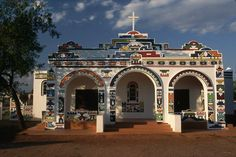 ndebele houses - Google Search Prayer Room, African Countries, Environmental Art, Roman Catholic, Geometric Designs, African Art, Photo Library, Royalty Free Photos, Taj Mahal