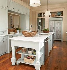 love this kitchen too...how will I ever be able to decorate my house?