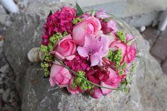 Brautstrauß in Grün und Pink
