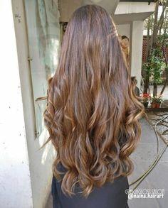 Beautiful long hair and styles. Beautiful Long Hair, Gorgeous Hair, Pretty Hairstyles, Wig Hairstyles, Wavy Hair, Dyed Hair, Cabelo 3c 4a, Brown Hair Inspiration, Silky Smooth Hair