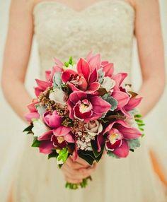 Assessoria Lidiane Fidelis : Decoração de casamento: cores, flores da estação e buquê de noiva