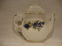 Hollóházi porcelán dísztárgy Tea Pots, Tableware, Dinnerware, Tablewares, Tea Pot, Dishes, Place Settings, Tea Kettles