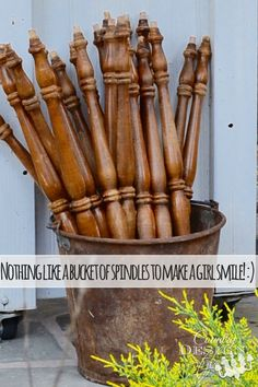 I have BIG plans from these spindles!!!! Follow along to see the DIY projects and how to use spindles in your decor. Country Design Style