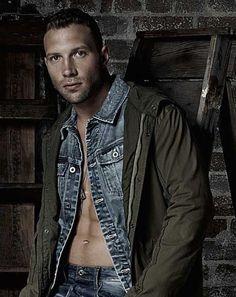 Jai Courtney looking dapper in this denim jacket...