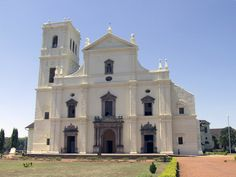 The Sé Catedral de Santa Catarina, known as Se Cathedral, is the cathedral of the Latin Rite Roman Catholic Archdiocese of Goa and Daman and the seat of the Patriarch of the East Indies. Located in Old Goa, India, the largest church in India