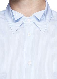 maison margiella collar - Google-Suche Couture Details, Fashion Details, Fashion Design, Collar Designs, Shirt Designs, Independent Clothing, Design Your Own Shirt, Solange, African Men Fashion