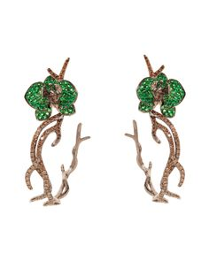 """Lydia Courteille. """"Amazonia collection"""". Gold, tsavorite & diamond floral earrings...♡"""