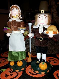 Thanksgiving Pilgrim Nutcrackers
