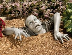 Zombify up your lawn and disturb all your pesky neighbors with this lawn zombie decoration. Perfect for Halloween decorating – the zombie decoration looks like a fresh and hungry zombie ripping its way up to the earth for some delicious braainnssss. Halloween Scarecrow, Outdoor Halloween, Halloween Diy, Disneyland Halloween, Halloween Season, Halloween Horror, Lawn Ornaments, Garden Ornaments, Creepy Halloween Decorations