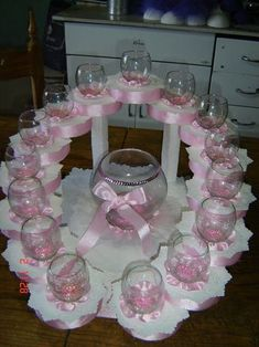 Best Ideas For Baby Shower Boy Gifts Diy Center Pieces Baby Shower Gifts For Boys, Baby Shower Parties, Baby Shower Themes, Shower Ideas, Baby Shower Deco, Baby Boy Shower, Bridal Shower, Sweet 16 Centerpieces, Baby Shower Centerpieces