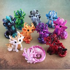 By Dragons and Beasties Polymer Clay Dragon, Polymer Clay Figures, Polymer Clay Sculptures, Polymer Clay Animals, Polymer Clay Charms, Polymer Clay Creations, Sculpture Clay, Polymer Clay Art, Fimo Kawaii