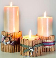 Kerzen mit Zimtstangen, Eicheln und Dekoband verzieren