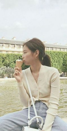 'what if the sky was the colo of my ice cream? Kpop Fashion Outfits, Blackpink Fashion, Mode Outfits, Korean Fashion, Kim Jennie, Ft Tumblr, Blackpink Members, Blackpink Photos, Blackpink Jisoo