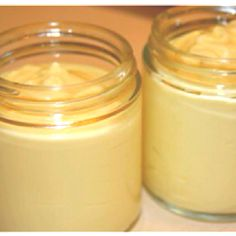 Homemade Hydrating Orange Body Cream: pour 1/2 cup of cream or whole milk and 1 teaspoon of orange juice together. Set alone for to curdle and lump (3 minutes). Strain the mixture and voila! Fresh orange body cream! DIY :)