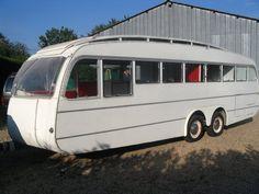 camping cars piste and alimentation on pinterest. Black Bedroom Furniture Sets. Home Design Ideas
