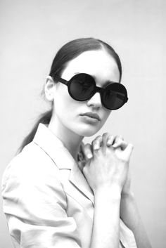 #sunglasses More Rayban, Laura Woods, Fashion Design, Toms Ford Sunglasses, Oakley Sunglasses, Louis Vuitton Handbags, Ray Ban Sunglasses, Round Sunglasses, Dylan OBrien round sunglasses Pastel Springtime Portraits - Laura Wood Lights up in Michelle Dylan Huynhs Portraits (GALLERY)