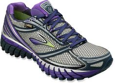 1a749358f7d Snow-Approved Gear! Refresh Your Winter Workout Wardrobe. Winter Running  ShoesBrooks ...