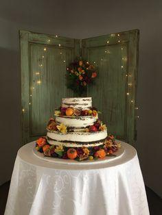 Wedding naked cake fall theme