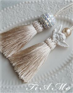Tassels with porcelain details