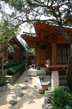 construction en bois pour votre maison japonaise                                                                                                                                                                                 Plus #japanesearchitecture